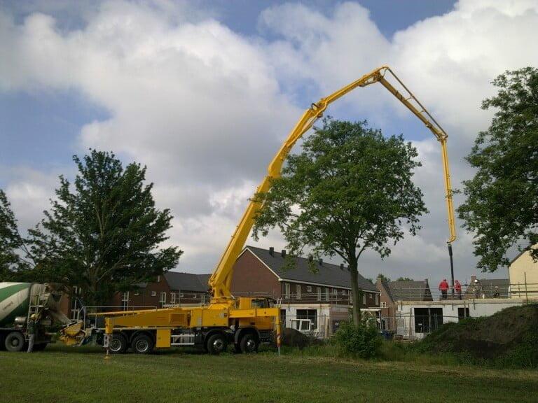 Van der Spek levert eerste nieuwe Putzmeister M42 in Nederland