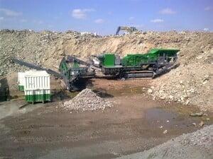 Van der Spek Vianen levert grootste rupsmobiele recyclingbreker