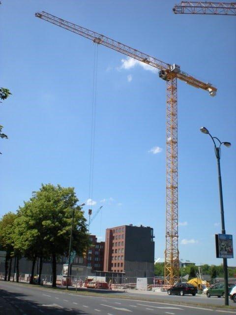 Belgium sells a sechond-hand tower crane Liebherr 250 EC-B 12 Litronic