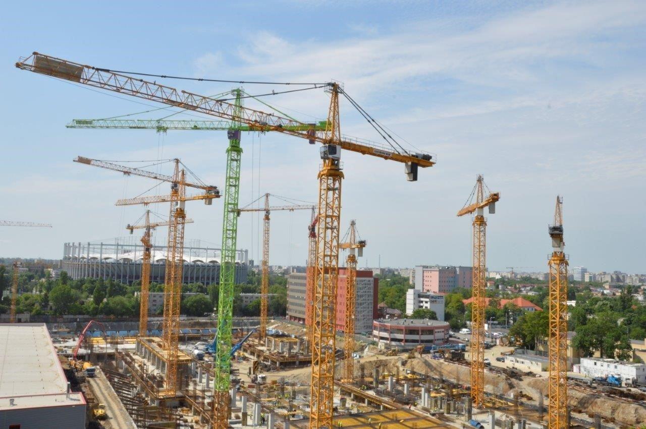 Tre¨s grande commande chez Van der Spek pour location en Roumanie