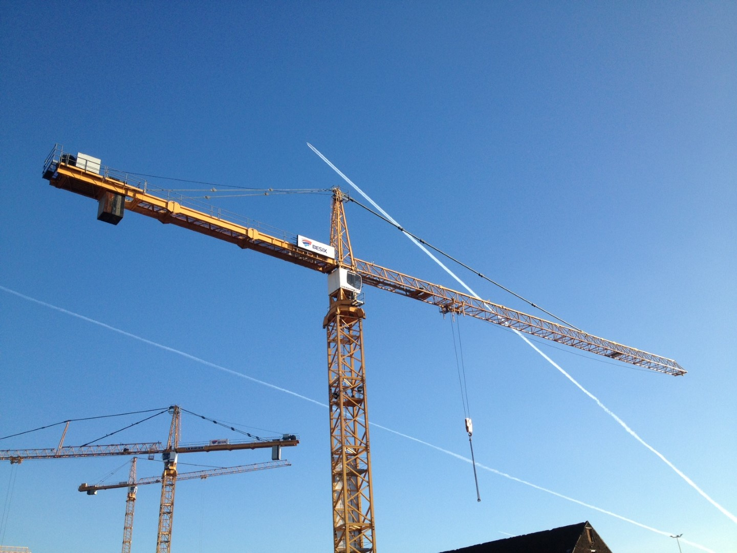 Second-hand Liebherr 420 EC-H 16 Litronic for the company Benelmat at Limelette