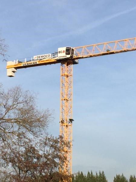 Neuer Mietkran 172 EC-B 8 Litronic fuer Baustelle in Vilvoorde