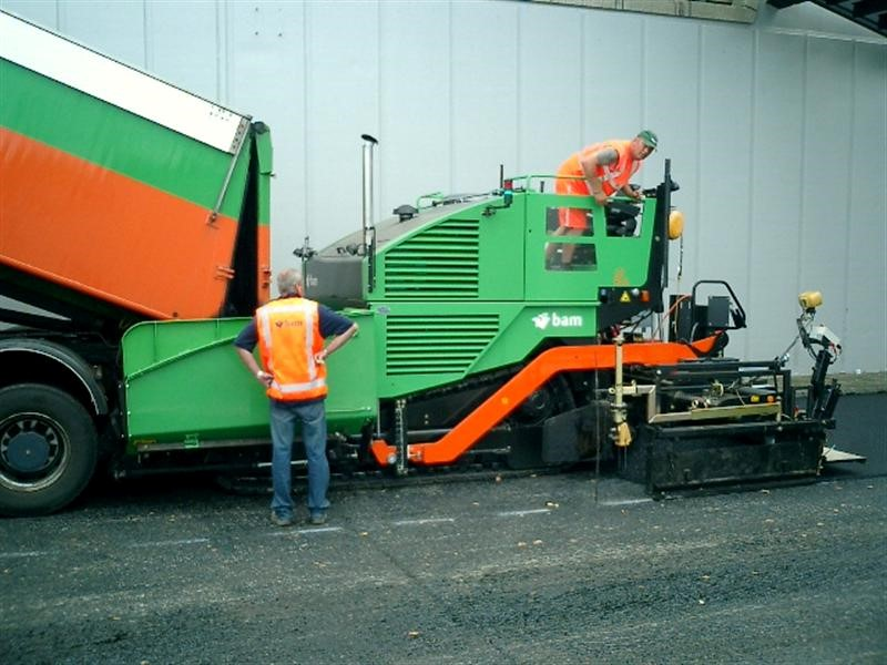 Duo Dynapac afwerkmachines geleverd aan BAM Wegenmaterieel B.V.
